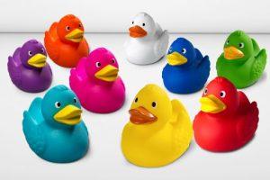 Badeenten in individuellen Farben ©mbw